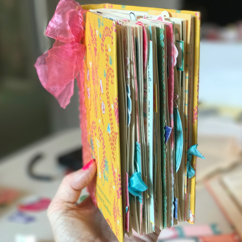 Chunky book sideview